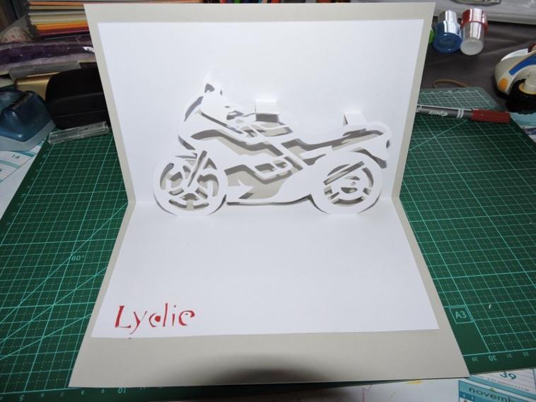 carte moto kirigami