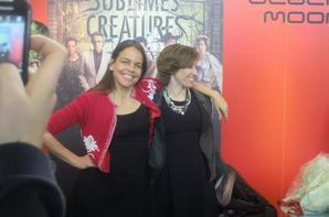 Margaret Stohl et kami Garcia au salon du livre Paris