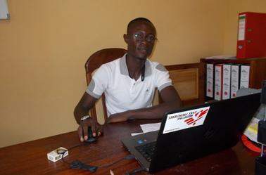 Dans mon bureau, chez Médecins Sans Frontières