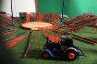 Cirque en cours de fabrication, échelle 1/43