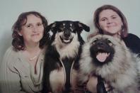Géna mon autre chienne avec ma mère et moi