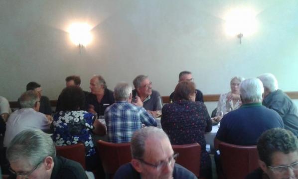 quelques photos pendant le repas.