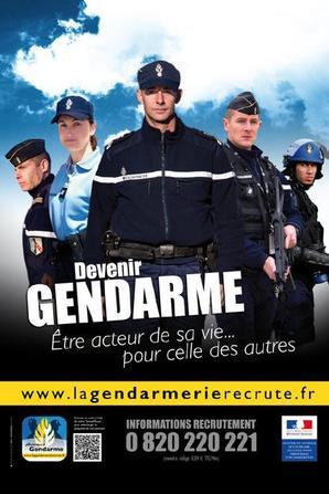 Devenir Gendarme, la Gendarmerie recrute.