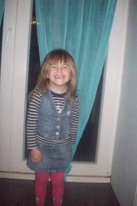ma petite princesse que j'aime plus que tout tu es vraiment trop belle ma fille