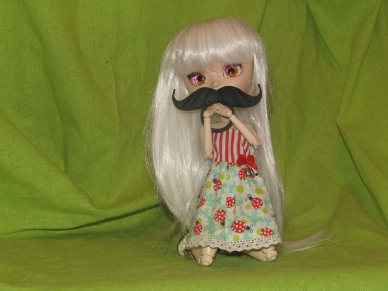 love moustache !!!!!