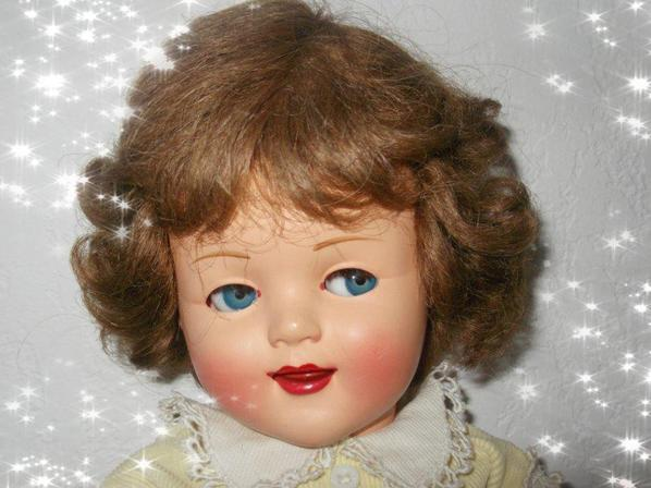 Petite Florence de Raynal 47 cm: que va t-elle nous faire ce soir.......