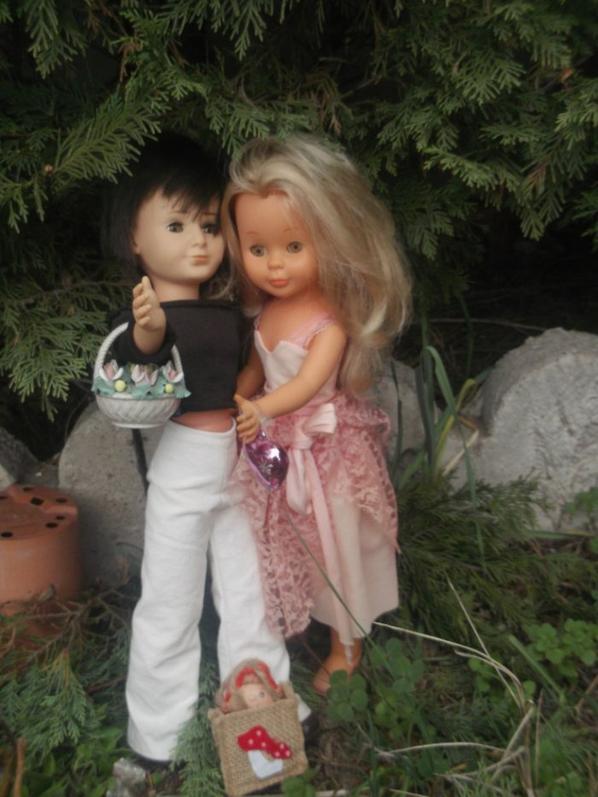 Un petit couple tres amoureux , Nancy et Lucas , ils vous souhaitent avec moi un tres beau jeudi