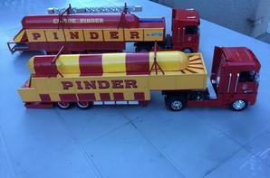 Remorques transport de chapiteau PINDER tailles 1/32