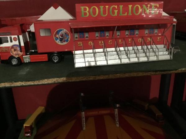 Caisses cirque PINDER et BOUGLIONE
