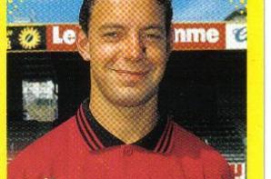 ANTHONY BANCAREL : MAILLOT EXTERIEUR PORTE AVEC GUINGAMP LORS DE LA SAISON 1997.1998.
