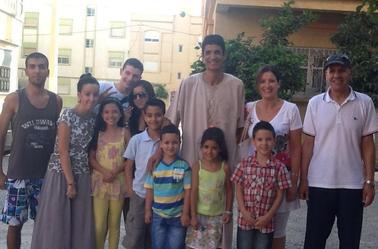 avec mes amis et ma famille