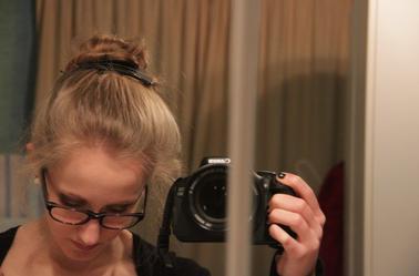 Mon maquillage, ma coiffure et ma robe de fêtes (Noël + Réveillon)