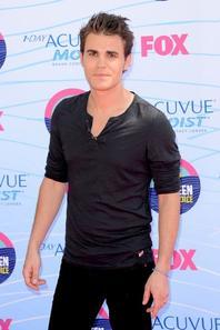 22.07.12. Paul était au Teen Choice Awards mais il n'a rien gagné individuellement.
