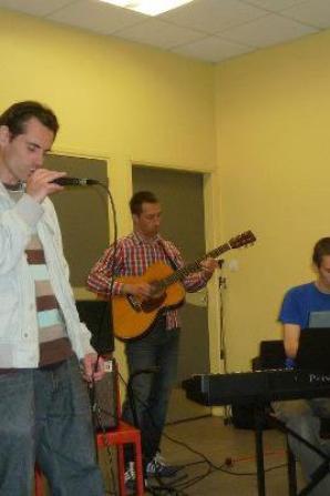 nouvelle asso musical ....  en concert et colaboration avec Fighir VIncent