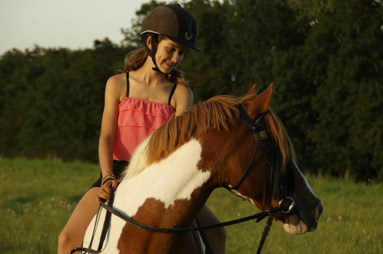 Petite séance photo au coucher de soleil ! my love pony <3
