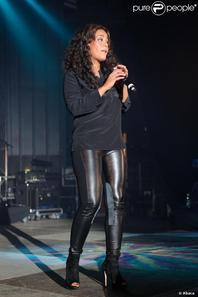 Amel Lors Des NRJ Music Tours a Lyon
