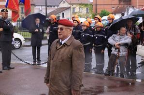 a travers le trou de l'objectif ceremonie stéles  deportés  29-04-2018 place henri iv