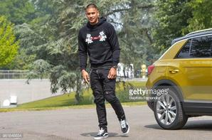 Alphonse Areola arrive a Clairefontaine