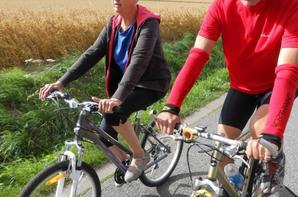 Maman en action pour sa grande première à bikeforthelife et à l'aise en plus :-) !!!