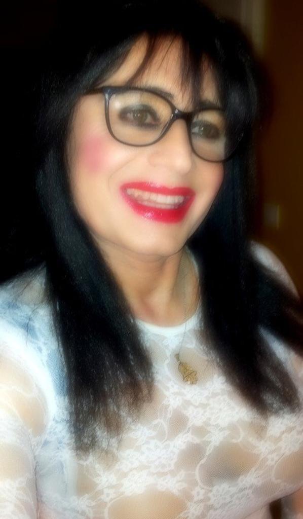 beurette a lunettes