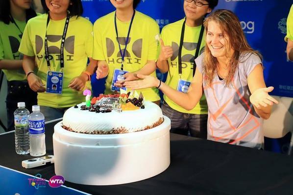 LUCIE : bon anniversaire !!