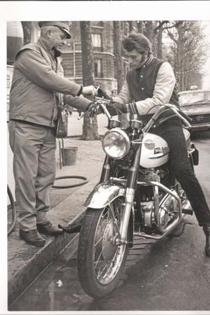 Johnny et ses motos