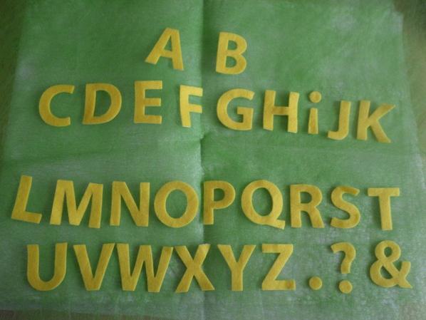 """Stickers en feutrine """"lettre"""""""