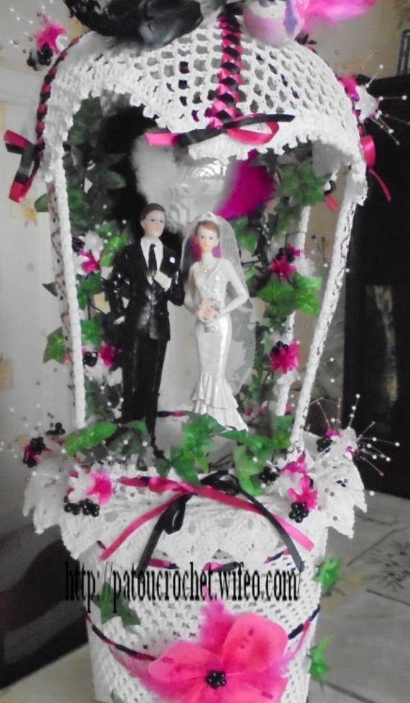 ENCORE UNE URNE KIOSQUE ET UN GRAND KIOSQUE POUR MARIAGE