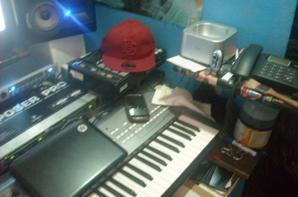 """""""OR BLANC au studio ,chez DAN P pour  faire maigrir les jaloux le titre c'est """"jalouserai tu ma vie?"""""""