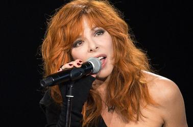 This is Mylèèène  Mylène Farmer fera son retour sur scène à la finale de The Voice