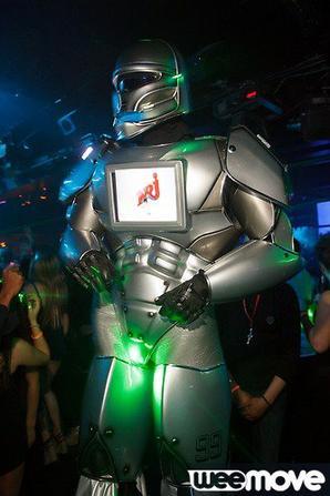ROBOT PERFORMER , NRJ , BANQUE POPULAIRE , LMDE , Génération BAC 2013 REDLIGHT PARIS !