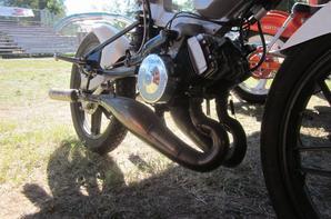 Fête de la mobylette à Graulhet (81) - Photos partie 5/7 - Prototype Peugeot 103 bicylindre