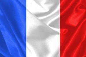 (l) NOUS SOMME TOUS UNIS UN HOMMAGE AUX VICTIMES DE L'ATTENTA DE PARIS LE VENDREDI 13 NOVEMBRE 2015(l)