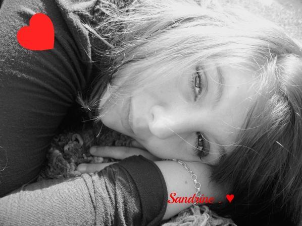 Ma Vie ,                               Mes Reve ,                          Mes Douleur ,                         ♥Mes Amoure De Ma Vie♥♥♥♥♥Ma famille♥Ma Marraine♥Ma Deuxieme Famille♥Mes Bou'Chou♥C.♥Mon Fils♥Ma P'tite Soeur♥