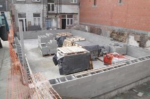 Maçonnerie blocs de Lomme et remplissage de béton