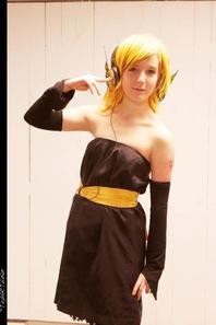 Rin Kagamine Magnet ! ( porté à Paris Cosplay )