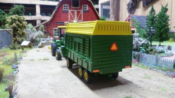 john deere silage wagon