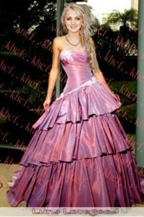 les mariées avec leur robe
