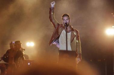Reprise de la tournée, c'est aussi la rentrée pour Matt: ^^