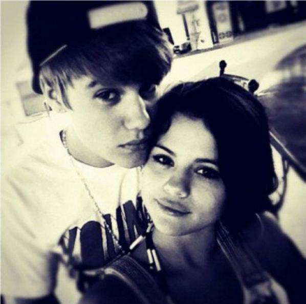 Selena Gomez +Justin Bieber= ???