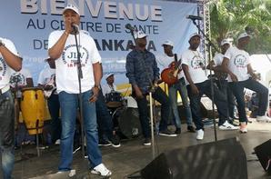 Zaiko en concert à Mbakana.