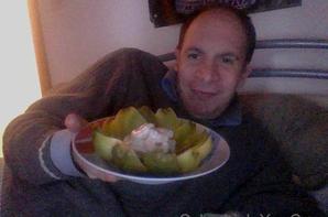 Voici l'assiette froide : SALADE C¼UR ARTICHAUT AU CREVETTE A LA CRÉMÉ CIBOULETTE VINAIGRETTE !