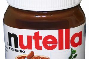 <3 <3 <3 TOuute Une Viie :) Nutella et Snickers Mes AmOuuurs :D