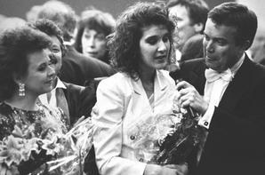 .  En 1988 : Céline remporte l'Eurovision pour la Suisse à Dublin. ♥