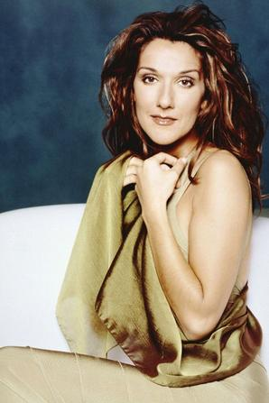 ".  En 2002 : Photoshoot "" A new day has come "" ♥"