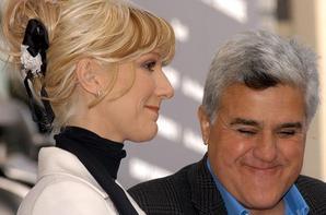 .   06/01/2004 : Céline reçoit son étoile sur Walk Of Fame à Los Angeles.