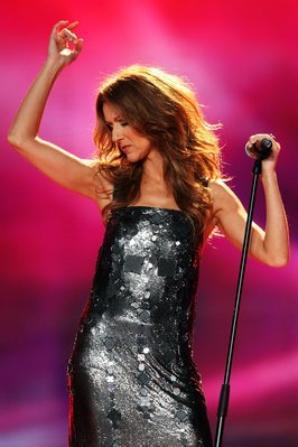 .  04/11/2007 : Céline était au World music awards.