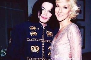 .   08/11/2003 : Michael Jackson était aller voir Céline en concert à Vegas!  Quel rêve pour Céline.[/font=Arial]    .