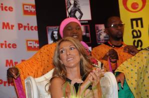 .   Février 2008 :  Céline lance sa tournée mondiale au sud de l'Afrique!