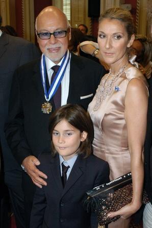.  17/06/2009 : René a été honoré par l'Ordre National du Québec